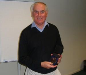 Van Deenen medallist 2010 Tom Rapoport with the van Deenen medal.